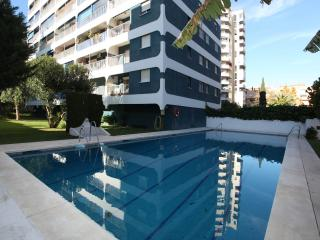 Ultra modern all electric centrally located homey. - Fuengirola vacation rentals