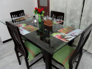 Shikhar Service Apartments in Vadodara, Gujarat - Vadodara vacation rentals