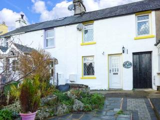 DAFFODIL COTTAGE, pet-friendly cottage, garden, Little Urswick Ref 27712 - Scales vacation rentals