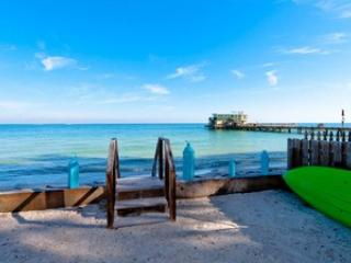 Water - North Shore Cottage-871 NShore - Anna Maria - rentals
