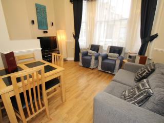 West Kensington One Bedroom Balcony Apartment - Windsor vacation rentals