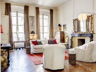 RICHELIEU PRESTIGE I : 2 Bedrooms 2 Bathrooms - 1st Arrondissement Louvre vacation rentals