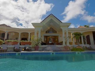 Orient Bay villa - Ruinen vacation rentals