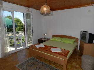 Apartments and Rooms Milan - 24171-S1 - Vodice vacation rentals