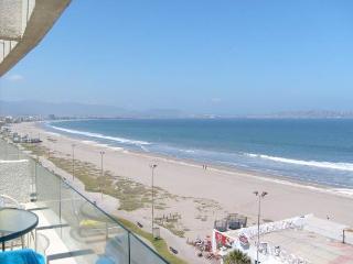 AV. DEL MAR OCEANIC BLD'G - La Serena vacation rentals