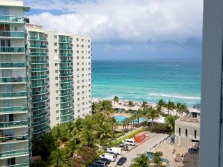 OCEANFRONT 1/1.5 ON THE 12TH FL - Hollywood vacation rentals