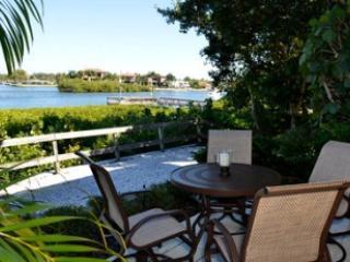 Patio - Bayfront Large Garden Unit C - Sarasota - rentals