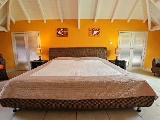 Beautiful Unit With More Than 170 Sq.m Total, Completely Renovated In 2012 - Orient Bay vacation rentals