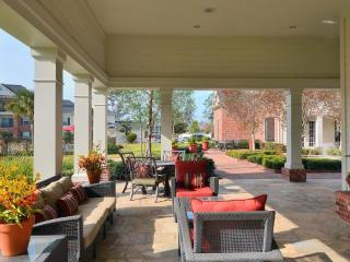 Beautiful 2BDR/2Bath condo in The Woodlands - Conroe vacation rentals