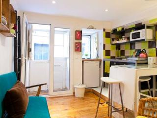 Bica! Apartment in the heart of historic Lisbon! - Lisbon vacation rentals