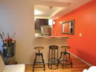 lovely Two bedroom in Harlem - Key 1000 - Westchester County vacation rentals