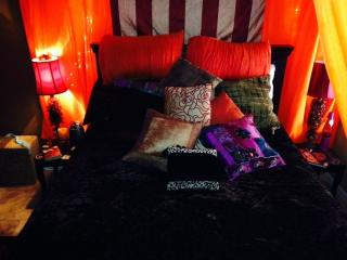 Moroccan Themed bed and healthy breakfast smoothie - Cave Creek vacation rentals