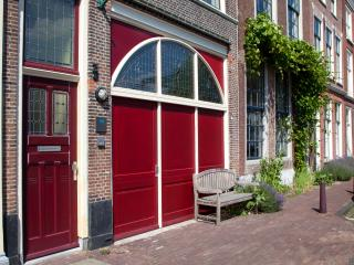 Splendid Locations Suite - Gouda vacation rentals