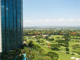 Breeze & views - Avant @ The Fort - Manila BGC - Taguig City vacation rentals