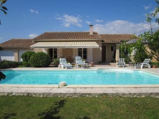 LS2-213 : AUCIPRES in Isle sur la Sorgue - Orange vacation rentals