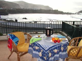 Casa Azalea-ocean front house in Mosteiros - Candelaria vacation rentals