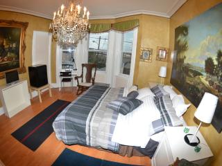 FURNISHED APARTMENT NEAR NEW YORK CITY - Union City vacation rentals