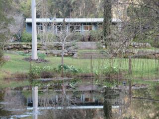 yambin - Lake Macquarie vacation rentals