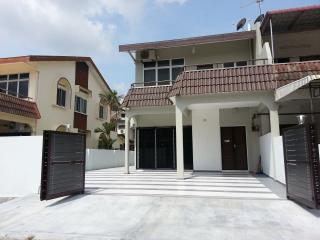 Zhi Residence - Ipoh vacation rentals