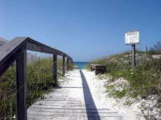 """Beach Haven"" Semi-private pool, private deeded beach acess!! - Image 1 - Destin - rentals"