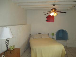 Charming Historic District ( with Wi-Fi !! ) - Saint Thomas vacation rentals