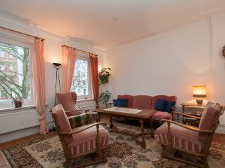 ALSTER CITY GARDEN VILLA  APT - Saxony vacation rentals
