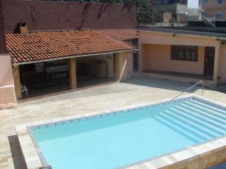TEMPORADA EM SAQUAREMA-CENTRO-PARA ATÉ 30 PESSOAS - Saquarema vacation rentals