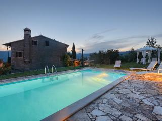 OLD STONE HOUSE ,PRIVATE POOL ,PERFECT RETREAT - Momjan vacation rentals