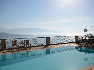 Luxurius villa, seaviews, pool, WiFi-Villa Asteria - Lefkas vacation rentals