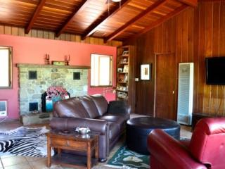 Ranch Bunk House - Oak View vacation rentals