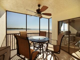 Carlos Pointe Bch Club 335 CP335 - Fort Myers Beach vacation rentals