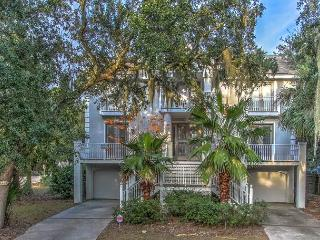 1 Quail Street-5th Row Ocean and ready for your family gathering. - Hilton Head vacation rentals