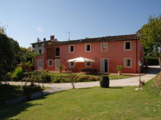 Casa Rosa Vacation Rental in Tuscany - Guamo vacation rentals