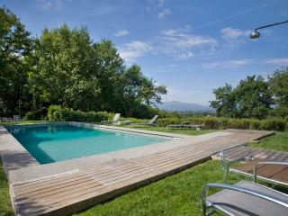Incredible 5 Bedroom Hillside Villa in Tuscany - Gragnano vacation rentals