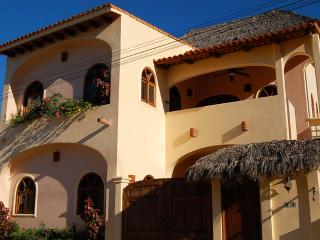 Villa Amigos - In town! - San Pancho - Mexican Riviera-Pacific Coast vacation rentals