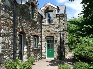 Pet Friendly Holiday Cottage - Sea Wood Cottage, Amroth - Lydstep vacation rentals