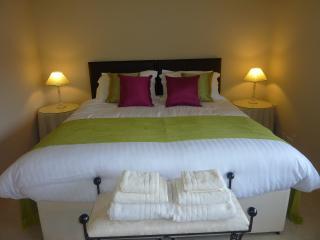 Gamelands Garden Flat - Caterham vacation rentals