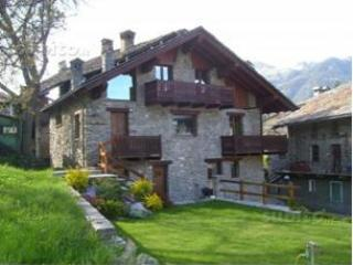 Appartamento Valle d' Aosta Introd - Aosta vacation rentals