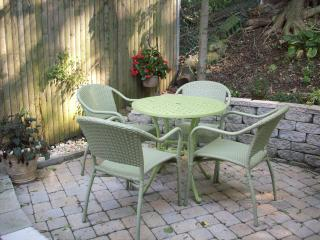 NEW! LOWER RATES 2015 Waterfront Home view NY City - Staten Island vacation rentals