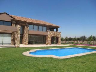Your own sanctuary 30 min away fr central Santiago - Santiago vacation rentals