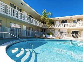 Perfect Seaside Vacation Condo 1/1 - Pompano Beach vacation rentals