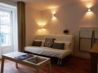 Bairro Alto Charming 1 Bd Apartment - Estoril vacation rentals