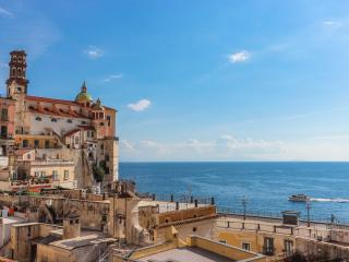 Sunny apartment on the Amalfi Coast - Atrani vacation rentals