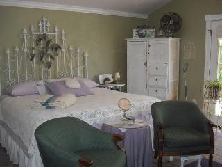 Grape House - Arizona vacation rentals