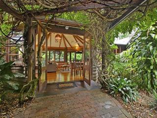 Rondawel - Sippy Downs vacation rentals