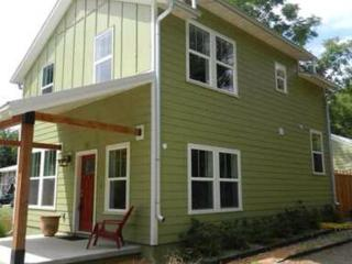 The Green House - Fayetteville vacation rentals