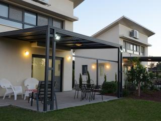 Bar-On Holiday Home Pardes - Nahariya vacation rentals