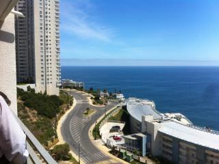 Edificio Mares del Sol Concon - Concon vacation rentals