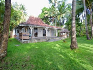 Jomaro Beach House - Bondalem vacation rentals