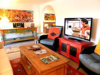 Cabin de Artistas (Cabin of Many Artists) - Taos Area vacation rentals